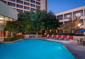 dfw-marriott-pool